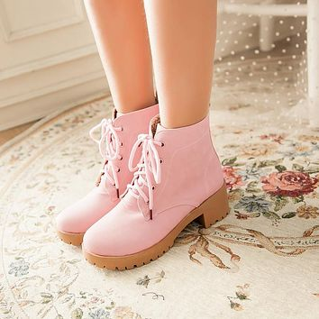 Fashion Women Ankle Boots for Autumn and Winter New Arrival Lace Up Sweet 8715