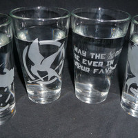 HUNGER GAMES Set of 4 16 oz glasses by geekyglassware on Etsy