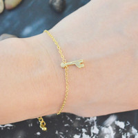 C-167 Giraffe bracelet, Matt bracelet, Pendant bracelet, Simple bracelet, Gold plated/Everyday jewelry/