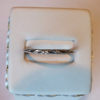 Small Continuous Loop Style Vintage 925 Silver Ring, Size 9.5
