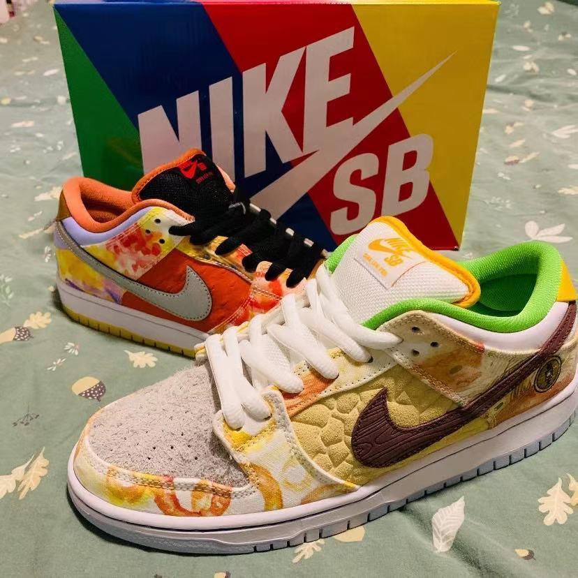 Image of Nike SB dunk Low help pattern color-blocking low-top men's and women's sneakers Shoes