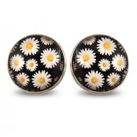 Now or Never Daisy Large Studs