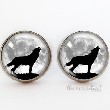 Wolf stud earrings, winter jewelry, woman gift, gothic, glass cabochon jewellery by The Neverland