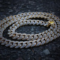Iced Out Cuban Link Chain (14mm)