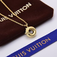 lv louis vuitton woman fashion accessories fine jewelry ring chain necklace earrings 110