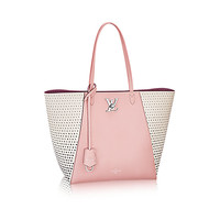 Products by Louis Vuitton: Lockme Cabas