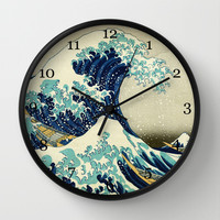 Great Wave off kanagawa. Japanese vintage fine art. Wall Clock by ArtsCollection