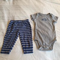 Carter's Baby Set Of Two Pieces