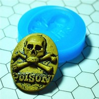 023LBC Skull Crossbones Cameo Cabochon Flexible Silicone Mold/Mould for Crafts, Jewelry, Scrapbooking (Resin, Pmc, Polymer Clay)