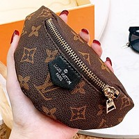 Hipgirls LV Louis Vuitton New fashion monogram leather wallet purse wrist bag Coffee
