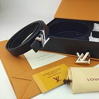 Louis Vuitton Double Buckle Smooth Belt Fashion Casual Business Letter Buckle Belt