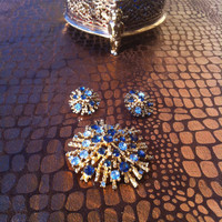 1960s Vintage Two toned Blue Rhinestone Brooch and Earrings Set
