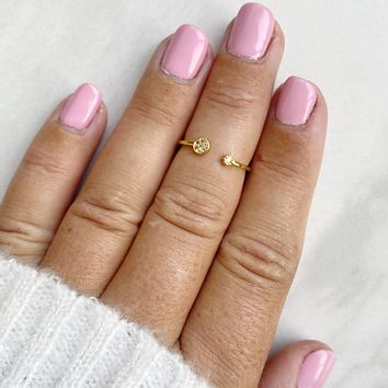 A Touch of Sparkle Gold Midi Ring