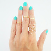 Dainty Gold Chevron Ring - Geometric Ring - Chevron Knuckle Ring - Gold Ring - Stackable Midi Rings - Knuckle Rings - SET OF 1