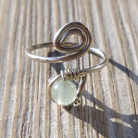 Aventurine Wrapped Hammered Silver Wire Spiral Toe Ring
