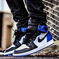 inseva Nike Air Jordan Retro 1 Hot Sale Couple High Top Contrast Sports Shoes Sneakers White&Black&Blue