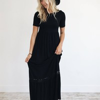 Avery Lace Maxi in Black