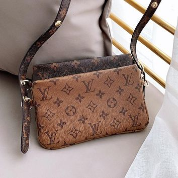 LV Louis Vuitton New Printed Lettering Women Shopping Bag Double Stitched Shoulder Bag