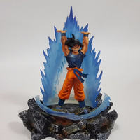 Dragon Ball Z Action Figures Son Goku With Energy Aurora and Rock Base