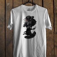 ALIEN VS PREDATOR T Shirt Mens T Shirt and Womens T Shirt **