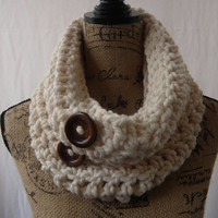 New Fisherman Ivory Winter White Handmade Crochet Knit Infinity Scarf Cowl Necklace Accessory