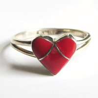 Vintage Navajo Coral Inlay Heart Ring, Old Pawn Sterling Silver, Size 5.75