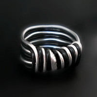 Wire Wrapped Ring, aluminum unisex ring, black and white, wire wrapped jewelry handmade, wire jewelr, silver tone and black tone
