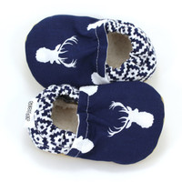 deer baby shoes, buck baby booties, antler baby, navy blue shoes, hunting shoes, baby boy shoes, soft sole shoes, baby moccasins, wild baby