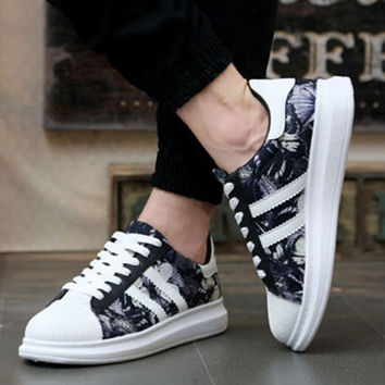Floral Print Shell Toe Lace Up Sneakers