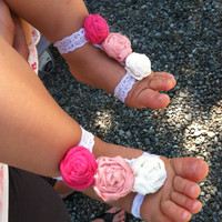 Baby Girl 12-18 Months Elastic Lace Sandals with 3 Pink and Ivory Cloth Rosettes