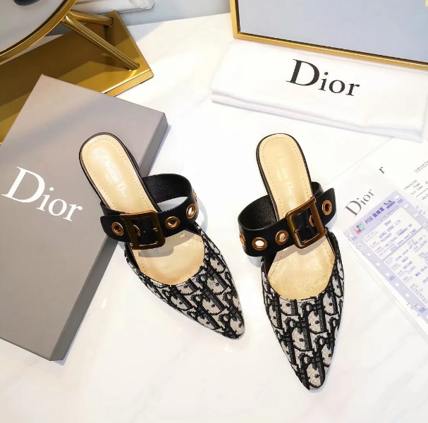 Image of DIOR Pointed patent leather net knitted bread head slippers