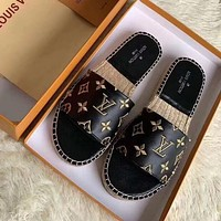 LV 2020 new straw embroidered silk letter fisherman shoes-1