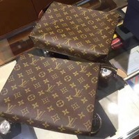 LV Louis Vuitton Fashion Women Men Monogram Business Handbag Tote Cosmetic Bag Clutch Bag I/A