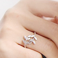 Branches leaves love leaves self-defense ring [0625] - $0.59 : Favorwe.com Supply all kinds of cheap fasion jewelry