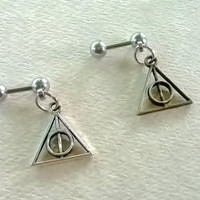Deathly Hallows 316L Surgical Steel 16g, 16 gauge Helix, cartilage, tragus earring