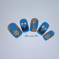 UV Gel Hand painted cute cookie monster nails