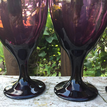 Vintage purple glassware, 4 purple premiere Brandywine Ice Tea Goblets / water goblets, purple wedding table glassware, retro chic glassware