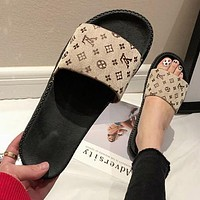 LV Louis Vuitton FENDI Newest Popular Women Casual Flat Sandal Slippers Shoes