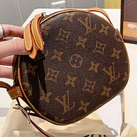 LV Louis Vuitton Fashion New Monogram Leather Shopping Leisure Round Shoulder Bag Crossbody Bag
