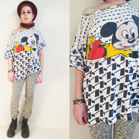 90s Clothing Mickey Shirt Disney Top Mickey Mouse Tshirt Vintage White and Black Top Cute Disney Shirt Slouchy Shirt Womens Size Medium