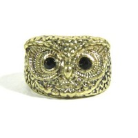Feathered Owl Cocktail Ring Size 6 Gold Tone Wildlife Bird RD27 Animal Fashion Jewelry