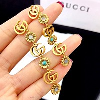 GUCCI new retro female personality wild flower earrings