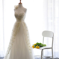 Spring Yellow Ada Wedding Dress Gown-Ready to wear in size XS  A-line Single strap floral lace with adjustable corset back-Sample Sale