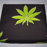 Marijuana Leaf Weed Pot Cannibis Leaf on Black Background Sheet Set Queen Size