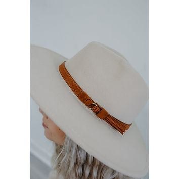Set The Trend Hat - Sand