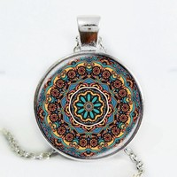 The latest design art gift Splendor of Color Kaleidoscope Mandala Necklace Glass Cabochon Necklace jewelry