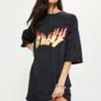 Missguided - Black Wash Flame Printed Graphic Baby Oversized Dress