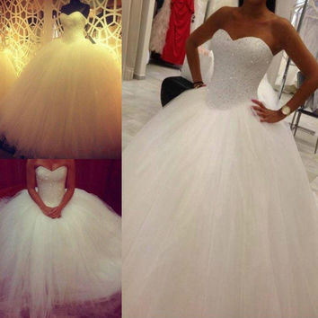 2015 White/Ivory Organza Ball Gown Wedding Dress Beads Sweep Train Sweetheart Sexy Lace-up fashion High Quality Best Selling 19242564