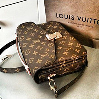 LV Louis Vuitton Women's Classic Retro Presbyopia Clutch Bag Shoulder Bag