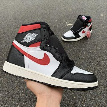 Air Jordan 1 Gym Red 555088-061